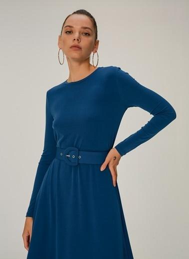NGSTYLE Örme Kemer Detaylı Elbise Petrol